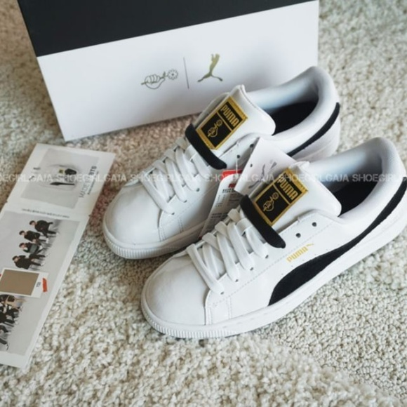 online retailer cd4f3 4fc47 PUMA x BTS Basket Patent Sneakers PHOTOMIX NWT